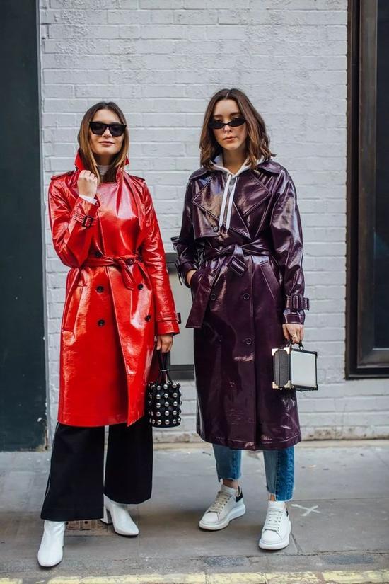 选件鲜艳的风衣 给你的时尚造型增加魅力Sat Oct 13 2018 16:15:11 GMT+0800 (中国标准时间)