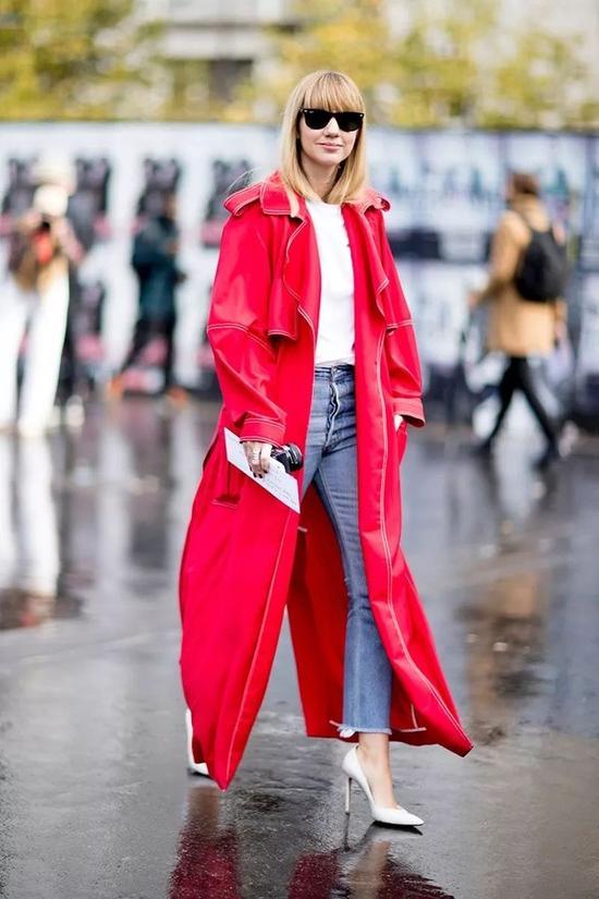 选件鲜艳的风衣 给你的时尚造型增加魅力Sat Oct 13 2018 16:15:03 GMT+0800 (中国标准时间)