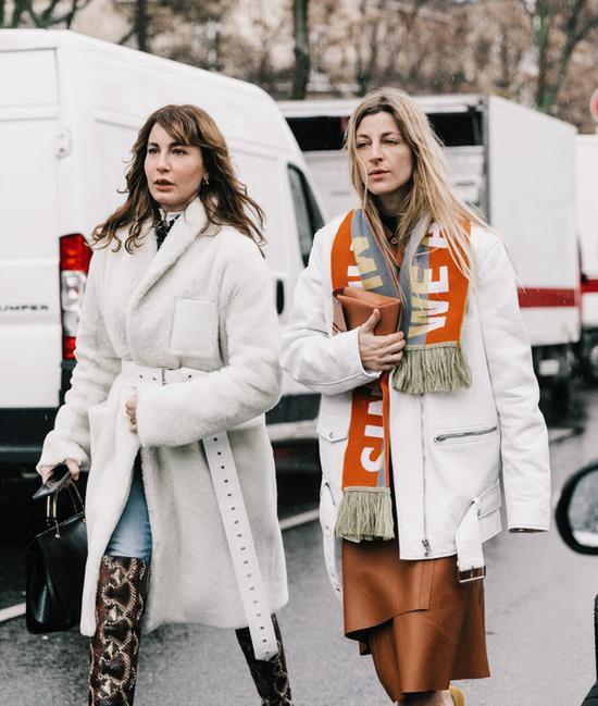 穿上时髦又暖和的毛毛外套  轻松成为街头潮人!Fri Nov 30 2018 14:56:16 GMT+0800 (中国标准时间)