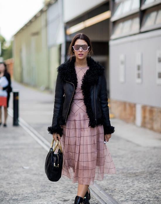 羊羔绒外套+裙装 既美又时髦Mon Dec 17 2018 16:39:35 GMT+0800 (中国标准时间)