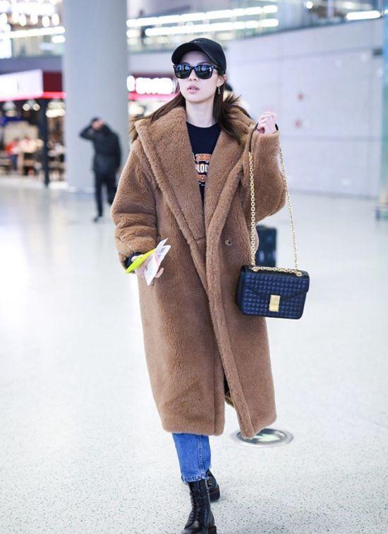 泰迪熊大衣 还有它更合适的冬日Look么?Thu Dec 27 2018 18:17:53 GMT+0800 (中国标准时间)