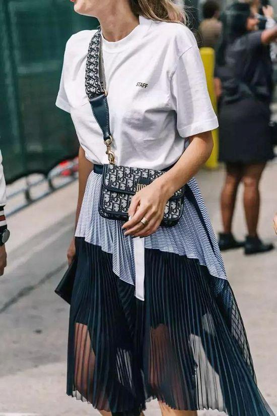蓬松半裙+T恤 松紧有度才更显瘦Fri Jul 06 2018 15:38:17 GMT+0800 (中国标准时间)