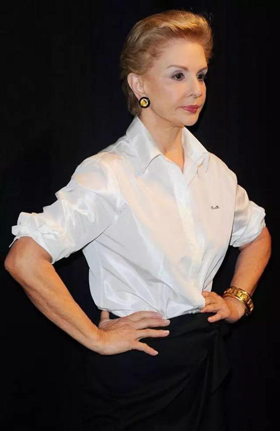 79岁设计师Carolina Herrera:白衬衫是我生命的一部分Tue Aug 14 2018 12:57:13 GMT+0800 (中国标准时间)