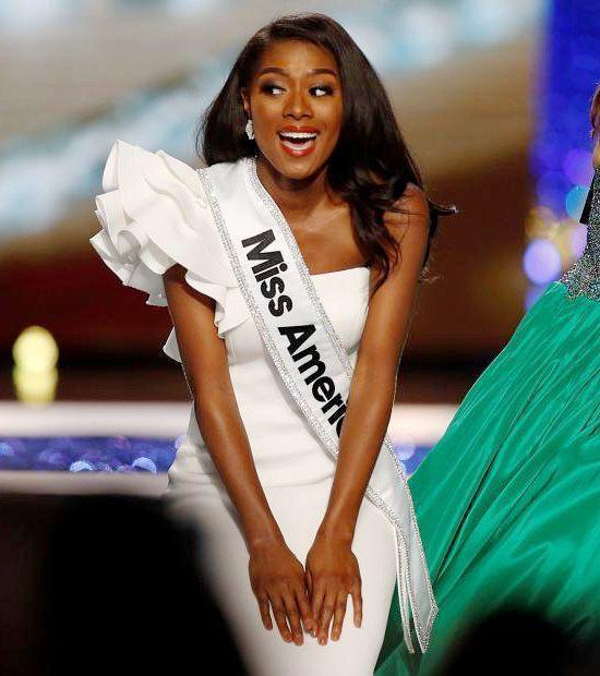 24岁黑美人夺美国小姐冠军 赢得5万美元奖金Tue Sep 11 2018 05:18:51 GMT+0800 (中国标准时间)