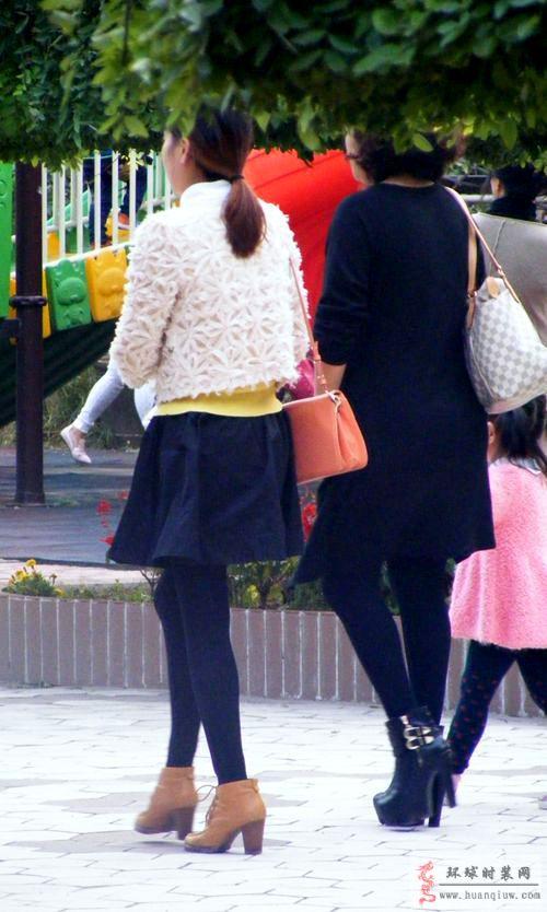 时装摄影街拍-超短裙和小外套-薇薇